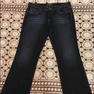 NWOT Size 8 L29 Lucky Brand Sweet 'N Low Jeans!